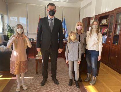 Književna omladina Tivta u posjeti predsjedniku opštine-post_thumbnail